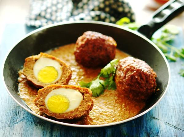 Indian Scotch Egg Kofta Curry (Nargisi Kofta) | Shemins Indian Curry Recipes