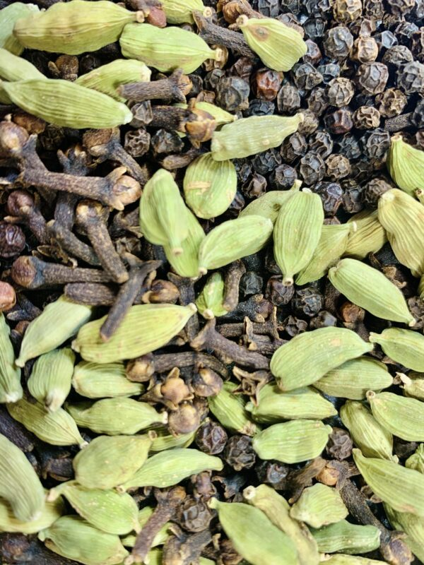 cloves green cardamom and black pepper