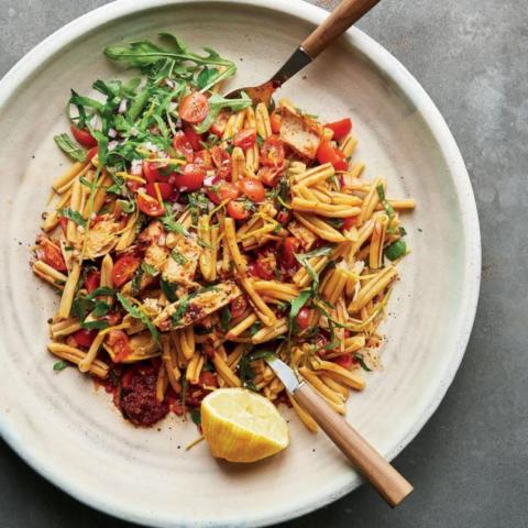 shemins tuna, rocket and harissa pasta