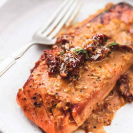 Pan Fried Salmon in a Creamy Curry Sauce